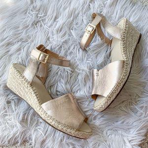 NEW Clarks Petrina Selma Rose Gold Leather Sandal